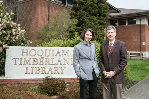Robert with alumnus and Hoquiam City Administrator Brian Shay.