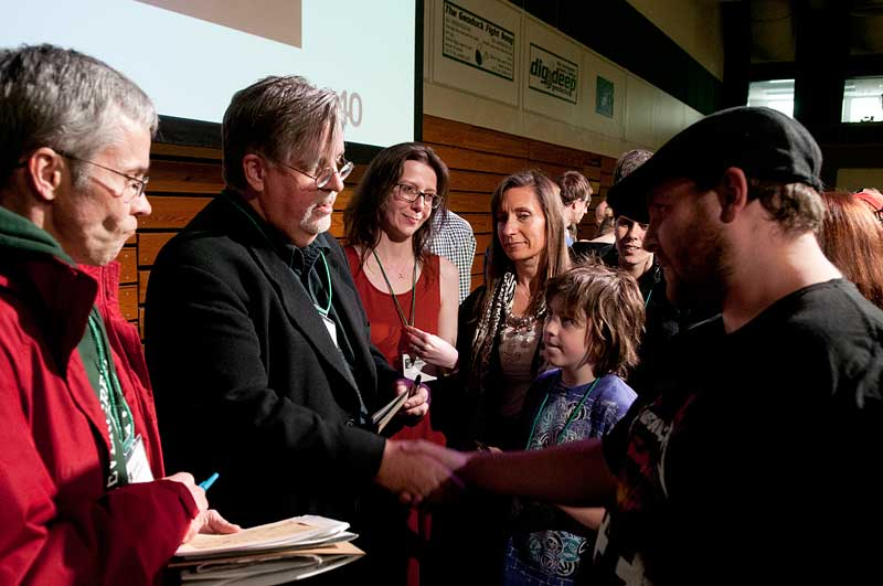 Matt Groening '77 meets with other Evergreen alumnae
