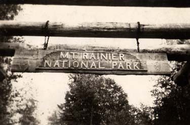Mt Rainier National Park Sign Image