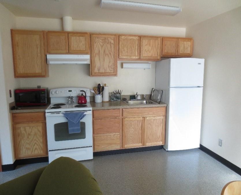 housing guest room kitchen