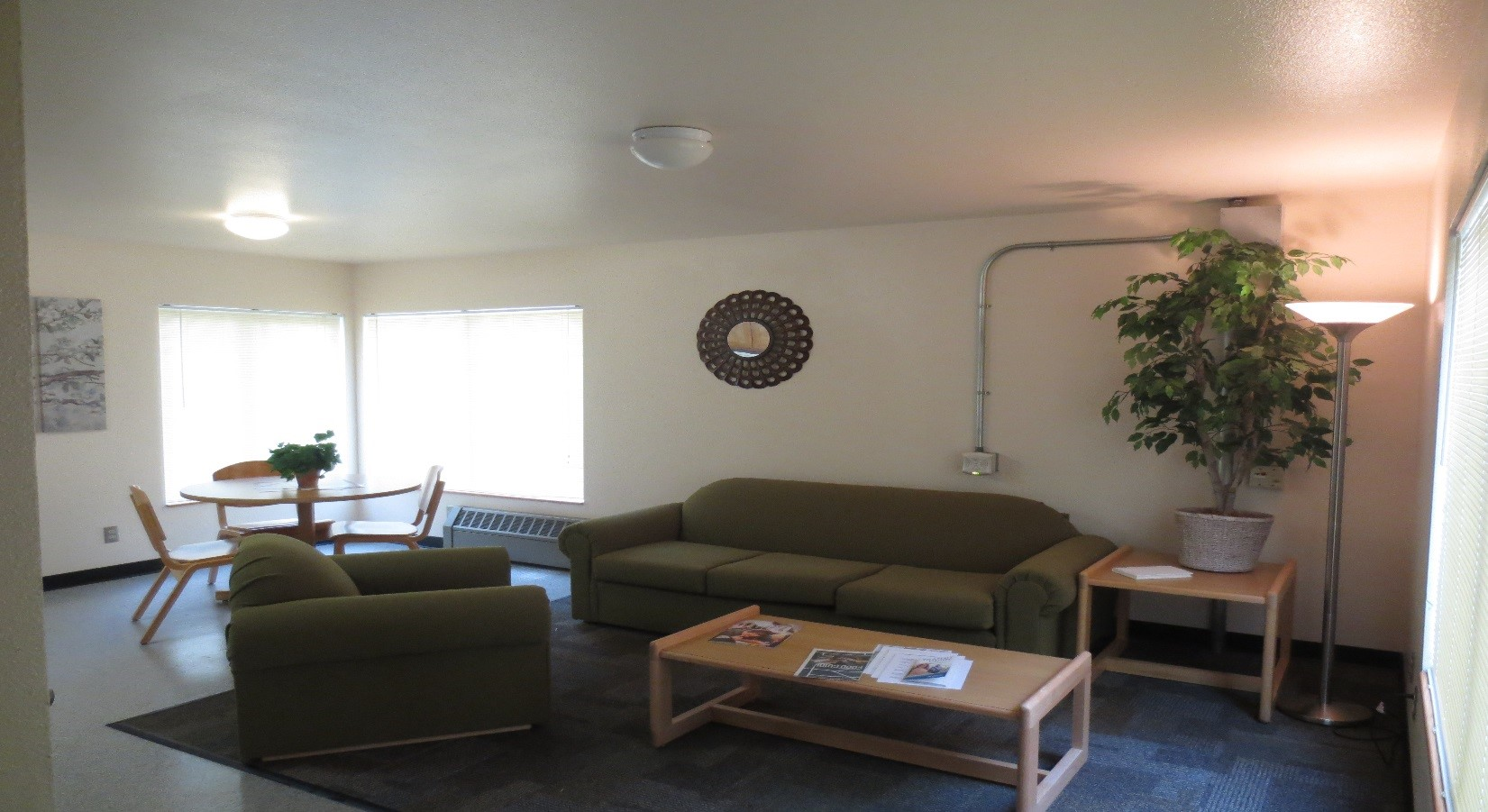 housing guestroom living room
