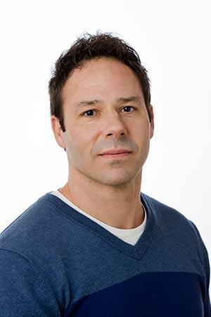 Anthony Zaragoza Headshot